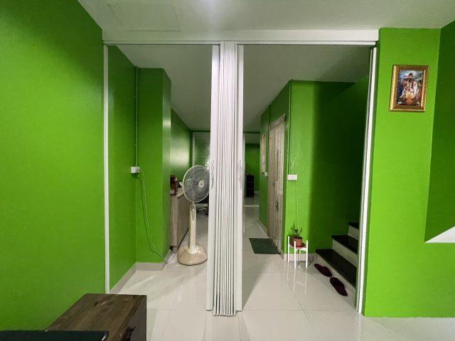 ฉากกั้นห้องยูโรสีขาว สั่งซื้อฉากกั้นห้องยูโร